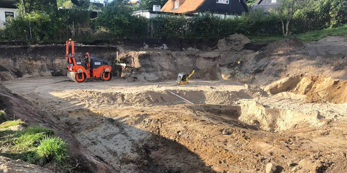 Her udgraves sandpude til den nye skole i Lejre